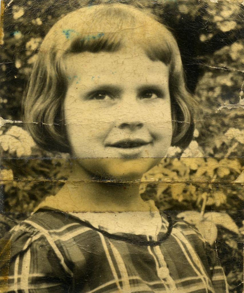 Mira Rembiszewska, arch. prywatne, życie przechowane