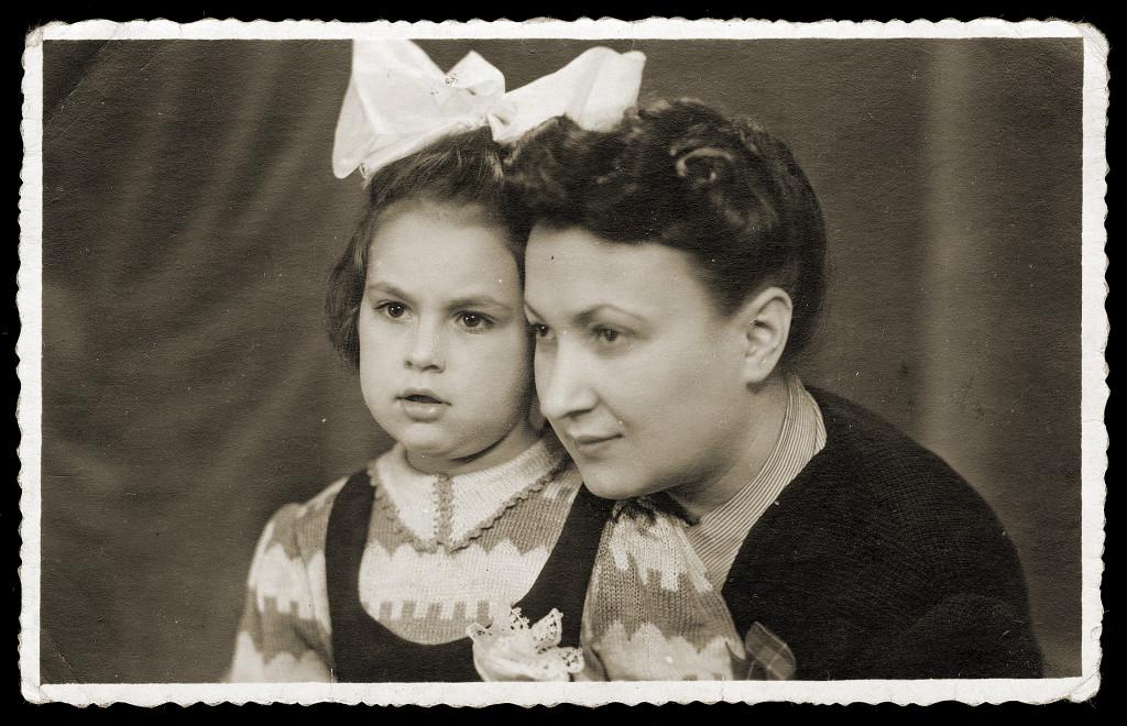 Hob betuchen! Miej nadzieję! Wspomnienia Dory Reym z czasów Holokaustu